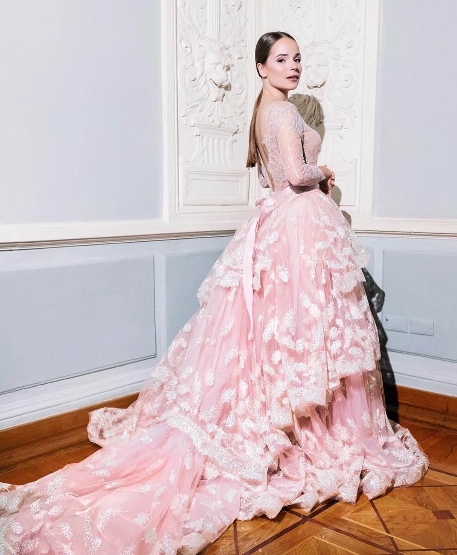 Саша Спилберг в платье