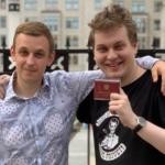 депутат Василий Власов и его помощник Юра Хованский